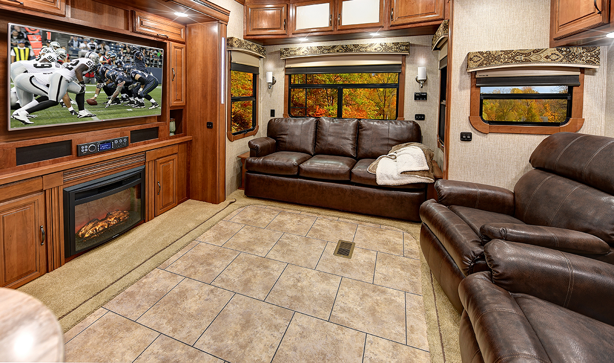 Williamsburg Furniture Fifth Wheel Custom Furniture Brown